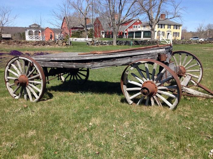 Salem-Cross-Wagon